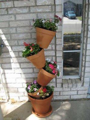 jardines verticales columna de macetas